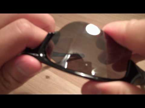 Tutorial:  Oakley Flak Jacket XLJ lens removal and disassembly