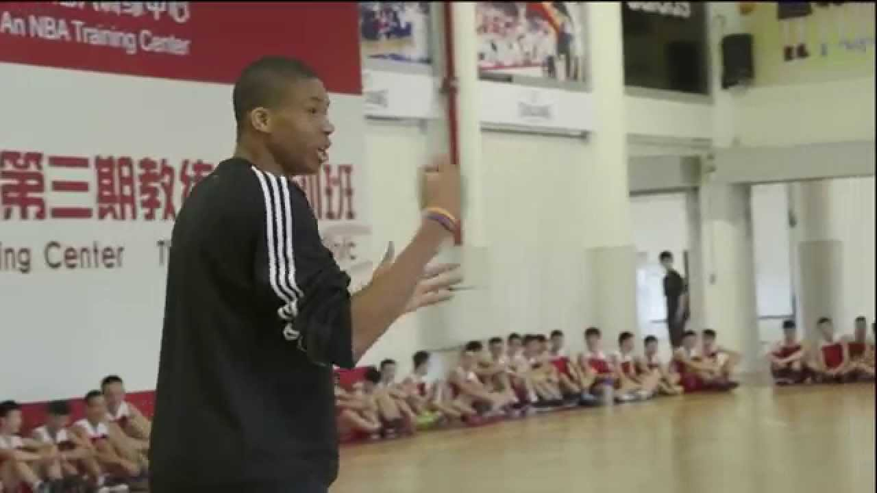 Giannis Antetokounmpo Showing Off his Skills vs Students in China