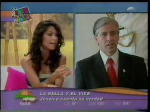 Dame camara - Promociones lvaro Linera 2 con las misses jessica jordan y Desiree duran