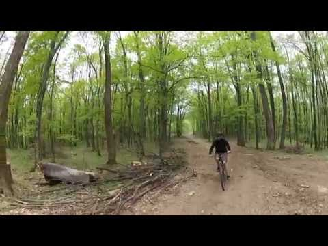 Aventuri pe bicicleta : Aprilie pe creste - In Muntii Zarandului : Siria - Creasta Cladova - Ghioroc