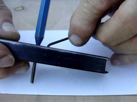 Removing parts from a fixed base plate magazine.