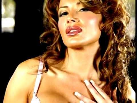 Roxana Munoz Nude Photos 27