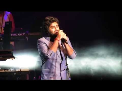 Arijit Singh Singing Tum Hi Ho Live (aashiqui 2) video