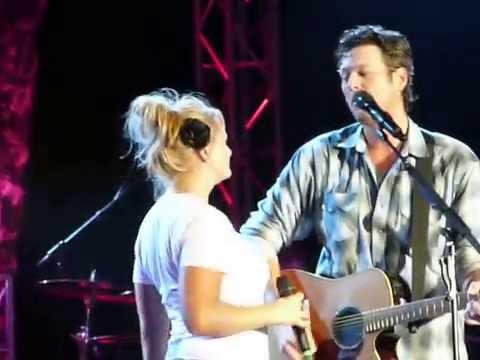 Blake Shelton and Miranda Lambert - 'HOME