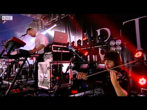 Hurts - Better Than Love (Live @ T In The Park, 2013)
