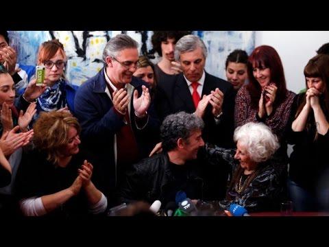 Rueda de prensa de Estela Carlotto y su nieto (versión completa)