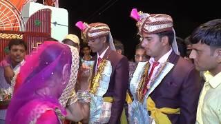 Dulhe toran ke samay  toran marte hue jarur dekhiye, Rajasthani marrige video very intrested