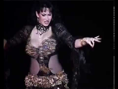 A Very Hot And Sexy Belly Dancer video