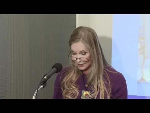 Lisa Niemi Swayze speaks to Senator Whitehouse's Pancreatic Cancer Bill