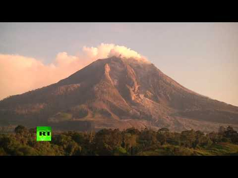 Stunning Sinabung Volcano erupts in Indonesia