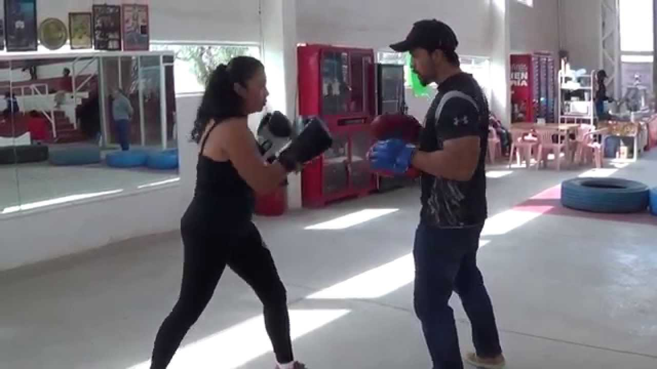 Curso de boxeo en el gimnasio polivalente de ayotla youtube for Gimnasio de boxeo