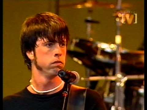 Foo Fighters - I'll Stick Around (live)