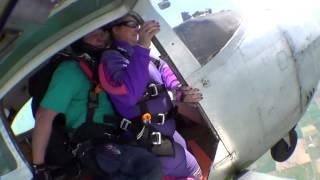 Lisa Marie Ward's Tandem skydive!