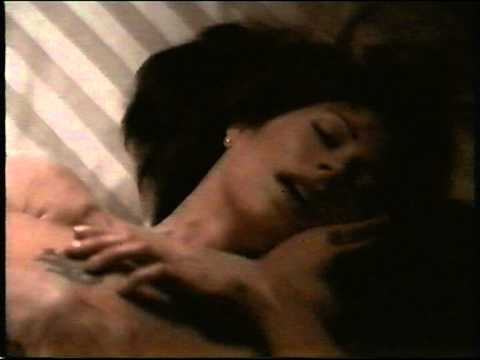 Dana Delany and Justin Theroux  - Sirens