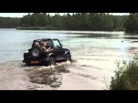 Suzuki Samurai Swimming