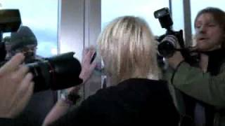 Taylor Momsen escapes paparazzi