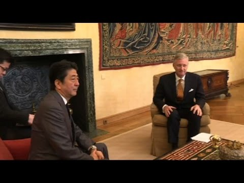 Belgian King welcomes Japanese PM Shinzo Abe to Brussels