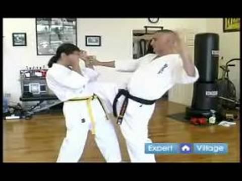 Beginner Kyokushin Karate Techniques : How to Do a Knee Strike in Kyokushin Karate Image 1