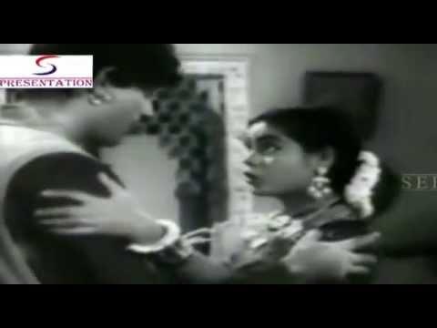 Kahan Jate Ho Saiyyan - Asha Bhosle - DO GUNDE - Raaj Kumar...