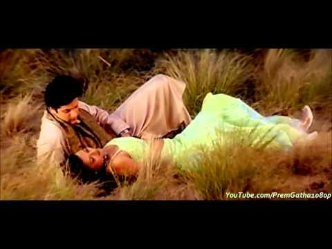 Pehli Baar Dil Yun Bekarar Hua Hai with english subtitles
