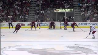 Boyd Gordon blocking 2 pucks. Columbus Bluejackets vs Phoenix Coyotes 4/3/12 NHL Hockey