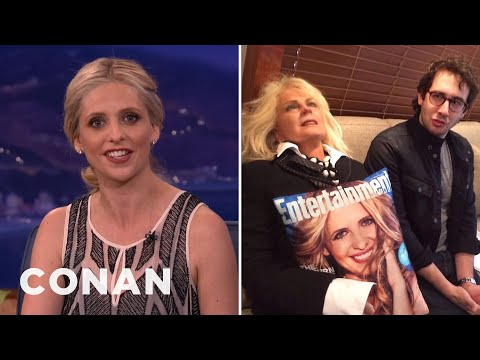 Sarah Michelle Gellar Has A Candice Bergen Sex Doll video