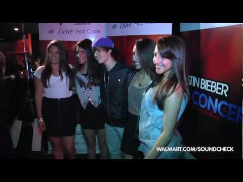 Justin Bieber Live Concert @ Walmart [Preview]
