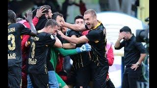 Sakit! Gol Injury Time Kiper Benevento di Gawang AC Milan
