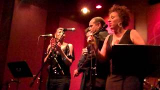 Lynne Fiddmont Performs A King Is Born Today live at Spaghettinis