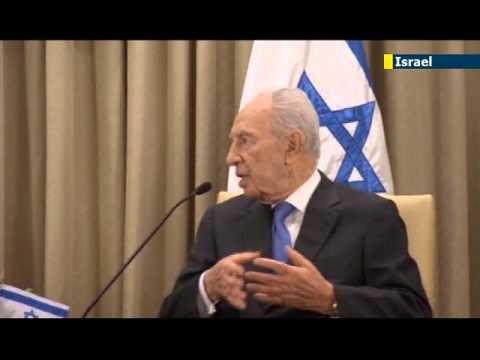 Shimon Peres implies Qatar funding Gaza attacks