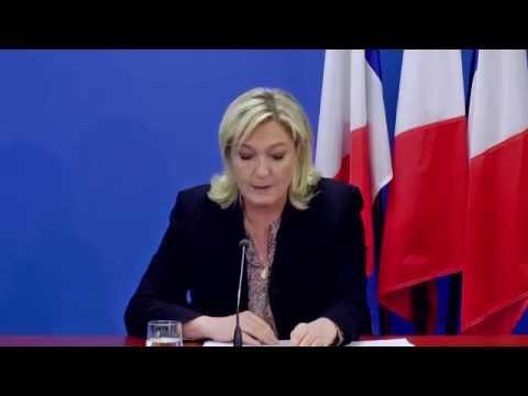 Nanterre, le 17 février 2015 - Conférence de presse de Marine Le Pen
