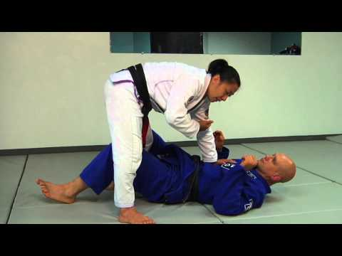 How to Pass the Guard of a Larger Opponent on the Ground Image 1