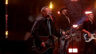 Blake Shelton Performs 'Hell Right'