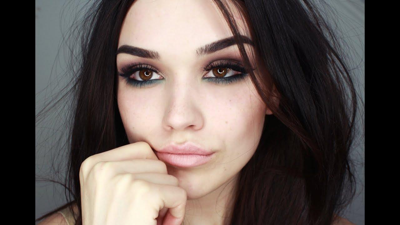Dark eyes makeup