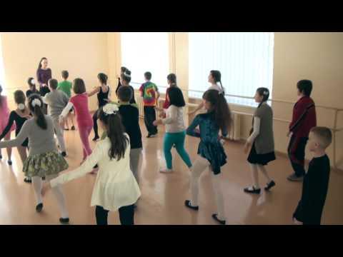Так, около 8:00 утра ученики уже стояли у одесских школ