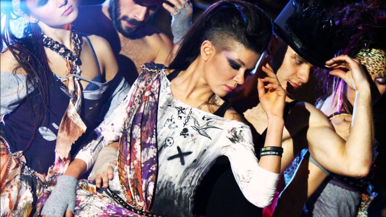 Руслана дикиє танці порно фото 8 фотография
