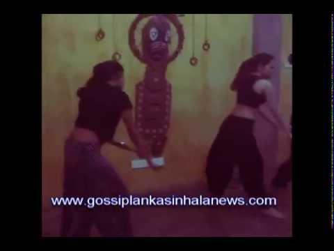 Dinakshie Priyasad hot dance - www.gossiplankasinhalanews.com