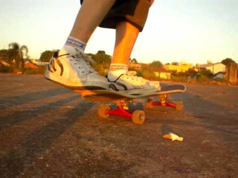 Kickflip Trick Tip - Como mandar um Kickflip