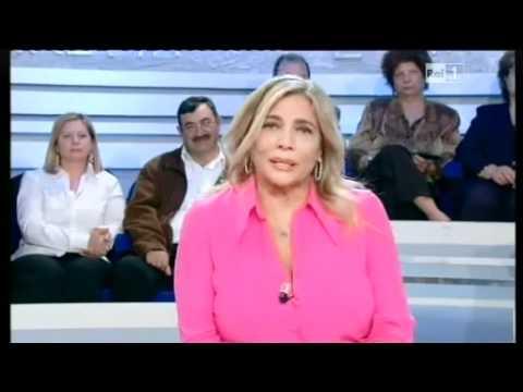 Mara Venier annuncia in diretta il malore di Lamberto Sposini a la vita in diretta