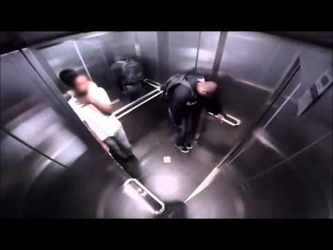 Bicha louca no elevador