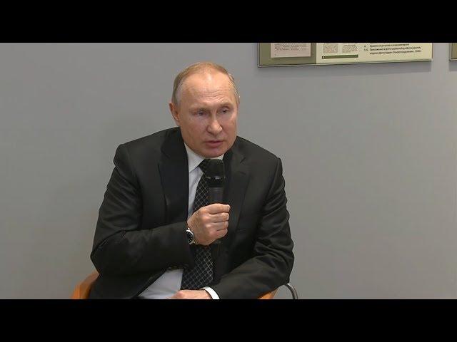 Путин пообещал заткнуть «поганый рот» тем, кто искажает историю войны