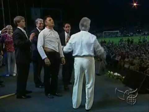 Benny Hinn - Tumor and AIDS patient: HEALED!!!