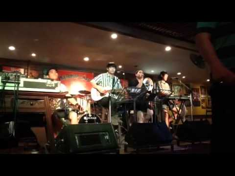 Blank space - Taylor Swift (cover) by Omlette band