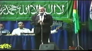Is this Sheikh Ahmed Deedat's best debate answer EVER? – Substitute during a hockey game!