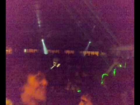 NELSON VAZ AKA DJ SWEET COM O PARTY PEOPLE AO RUBRO