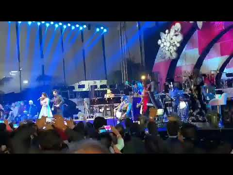 Udit Narayan And Jonita Gandhi Performing Live On Wedding Of  Mukesh Ambani Daughter Isha Ambani Jio