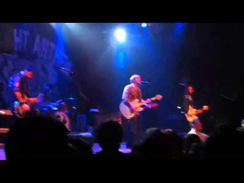 The Gaslight Anthem - Fan interaction and Here Comes My Man