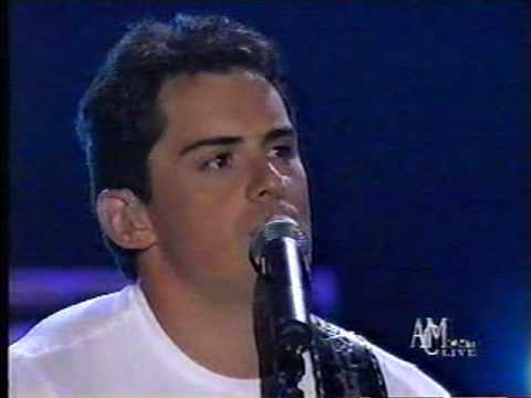 Brad Paisley - Two People Fell In Love (LIVE)