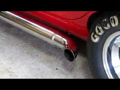 Shelby Cobra V8 mit BBK Exhaust Sidepipe