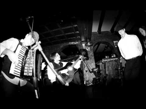 Paddy And The Rats - Pub N Roll
